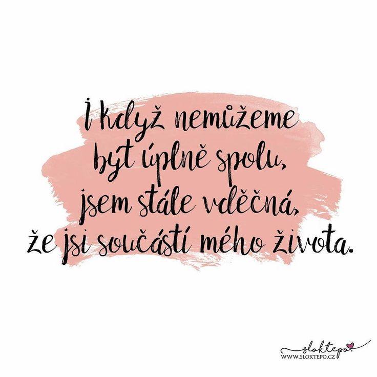 Láska je ze všech vášní nejsilnější, neboť útočí současně na hlavu, srdce i tělo. -Voltaire- ❤️☕ #sloktepo #motivacni #hrnky #miluji #zivot #citaty #kafe #mojevolba #pozitivnimysleni #darek #domov #dokonalost #rodina #rodina #laska #stesti #nakupy #novinka #praha #cool #czechgirl #czechboy #czech