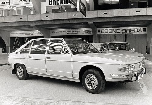 TATRA 613 (1974) | Turin Auto Show 1974: - chief designer Mi… | Flickr