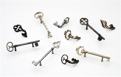 Traditional Cabinet Knob & Pull from Soko, Model: Knobs, Pulls, Towel Bars, Hooks, and Toilet Tissue Holders