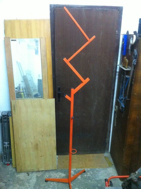 coat hanger stand tutorial