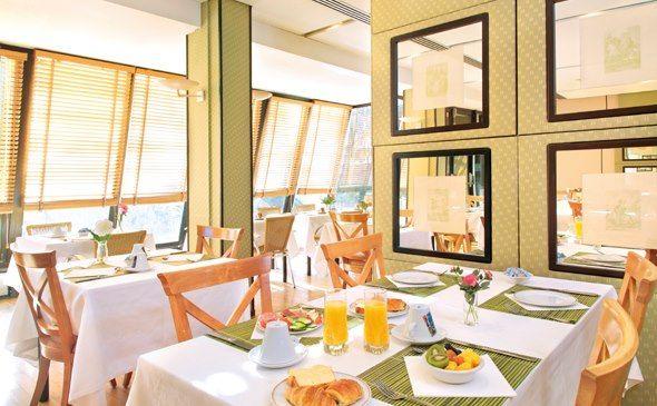 Park&Suites Elégance Genève Aéroport*** - Petit déjeuner #geneve #apparthotel #hotel #petitdejeuner http://www.parkandsuites.com/fr/apparthotel-geneve-aeroport