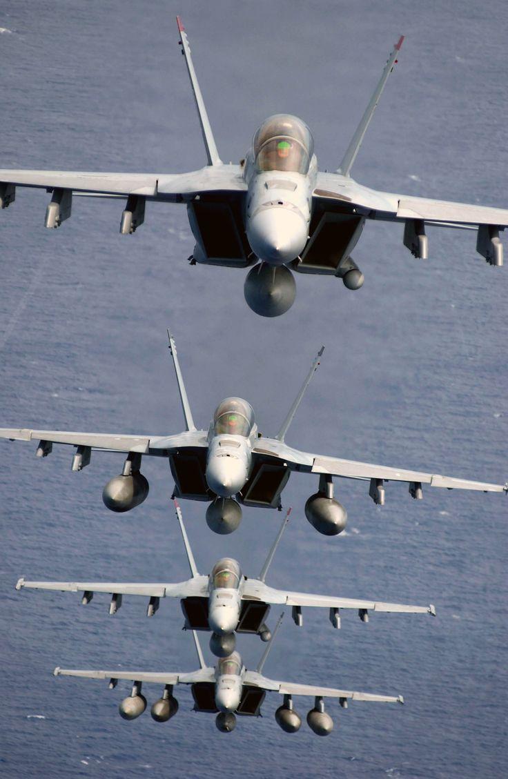 Four Navy F/A-18F Super Hornets. [1960  3008]