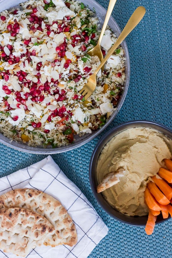 Tabbouleh-inspireret blomkålssalat og den bedste hummus