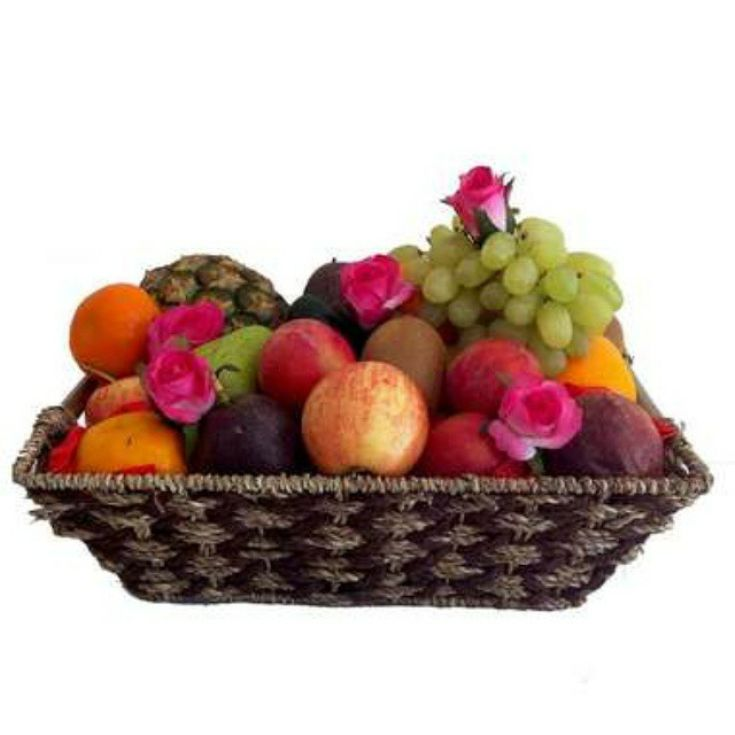 Fruit is the perfect eco-friendly gift and the beautiful basket can be utilised once all the fruit has been eaten!    #luxurygifts #fruithamper #fruithampers #fruitbasket