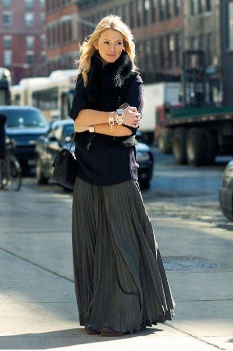 Winter maxi skirt. Big scarf. Big boots