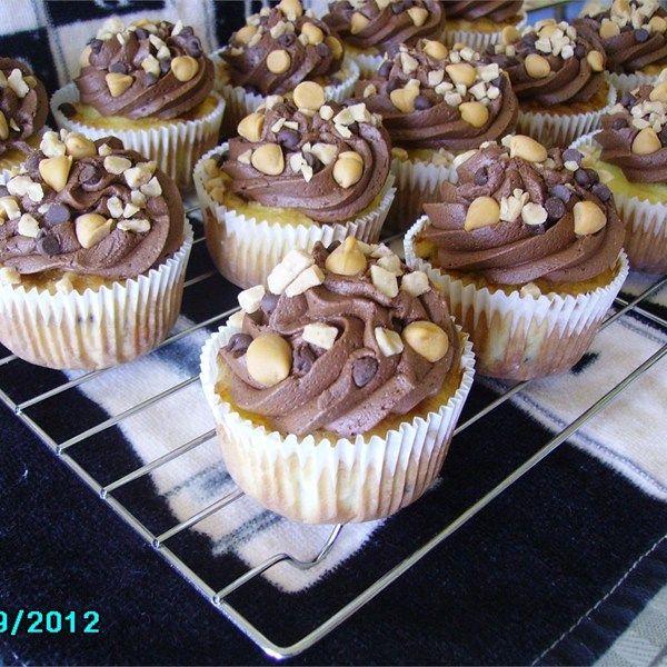 Chocolate chip cupcakes using white cake mix