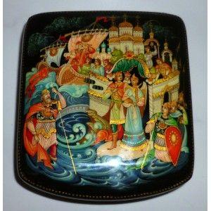 Tsar Saltan - Palekh style #babushka #russiandoll #matryoshka #dollsindolls  #handmade #miniature #boxes