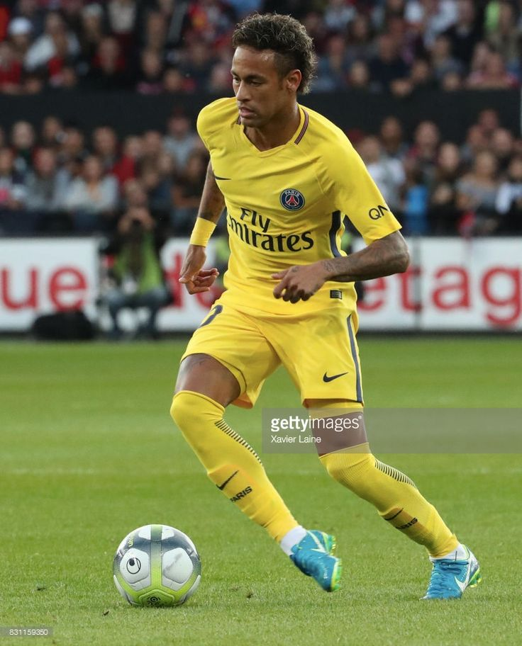 Neymar Jr of Paris Saint-Germain in action during the French Ligue 1 match between EA Guingamp and Paris Saint Germain (PSG) at Stade du Roudourou on August 13, 2017 in Guingamp, France.
