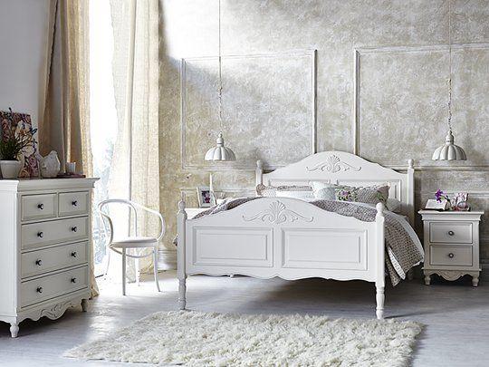 Bianca Bed Frame: Queen Bed Frame