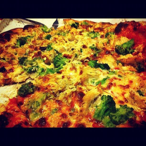New Haven pizza, Frank Pepe Pizzeria Napoletana in New Haven, CT