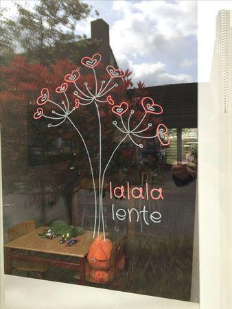 #Gratis #raamtekening Lalalente van #webshop #krijtstifttekening