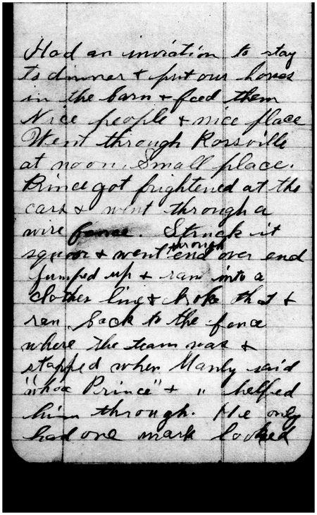 Laura documentó sus viajes a De Smet, Dakota del Sur, a Missouri.On 13 de agosto 1894,ella escribió que su caballo estaba asustado por los vagones de ferrocarril en Rossville, Kansas,y corrió a la derecha en algunos wire. fue una de las numerosas cuentas de los ensayos que ella  mientras se dirigía a Missouri en wagons.Laura Ingalls Wilder, Papers, 1894-1943 la Sociedad histórica del Estado de Missouri,Manuscript Collection-Columbia(Cortesía de la Asociación de Ingalls Wilder Inicio Laura