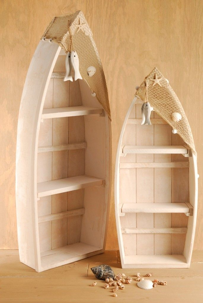 Pine Boat Shelf - A beautiful white pine boat shelf with decorative netting £18.99