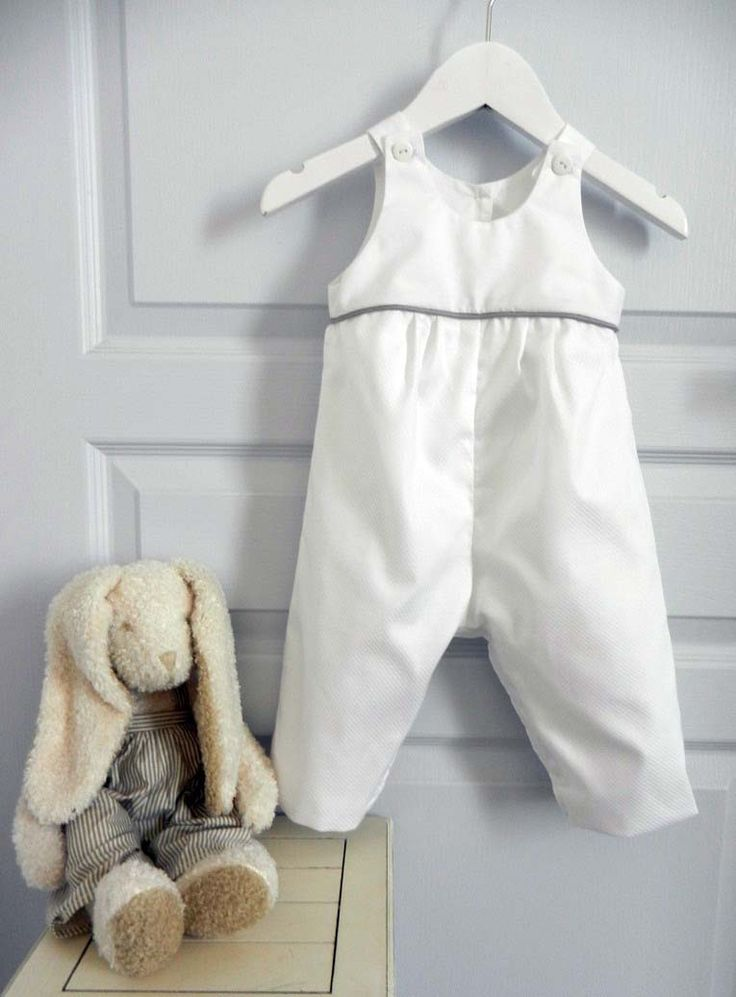 Duchesse or ange salopette blanche bebe passepoil gris white baby overalls grey piping