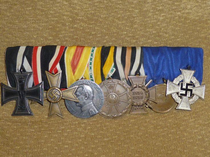 Cruz de Hierro de 2ª clase de 1914 ganada durante la Gran Guerra.  - Cruz al Mérito Militar de 2ª clase sin espadas (1939-45), fabricada en tombak.  - Medalla al Mérito Militar en plata del Estado de Baden (1916-18)  - Medalla al Mérito Militar en Guerra del Estado de Sachsen-Meiningen (1915-18).  - Cruz Hindenburg al Combatiente (con espadas), por su participación en la Gran Guerra.  - Medalla por 12 años de Servicio en el Ejército Prusiano.  - Cruz por 25 años de Servicio Leal (III Reich).