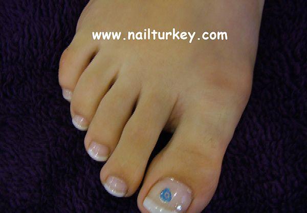 Protez Tırnak satın almak için en güvenilir adres  http://www.nailturkey.com/protez-tirnak