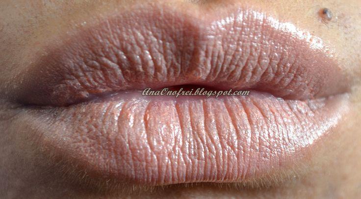 http://anaonofrei.blogspot.ro/2014/02/todays-makeup-shine.html