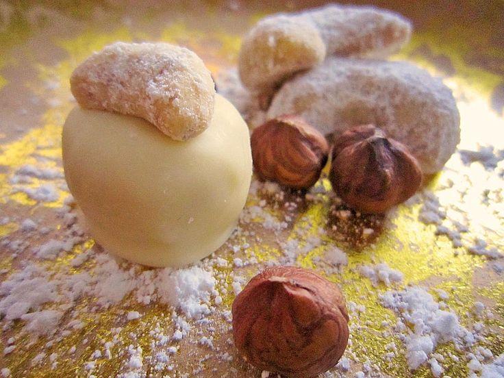 Vanillekipferl-Pralinen, ein sehr schönes Rezept aus der Kategorie Weihnachten. Bewertungen: 4. Durchschnitt: Ø 3,8.