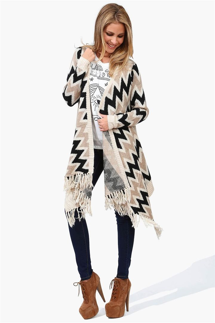 Best 25  Poncho sweater ideas on Pinterest | Poncho sweater with ...