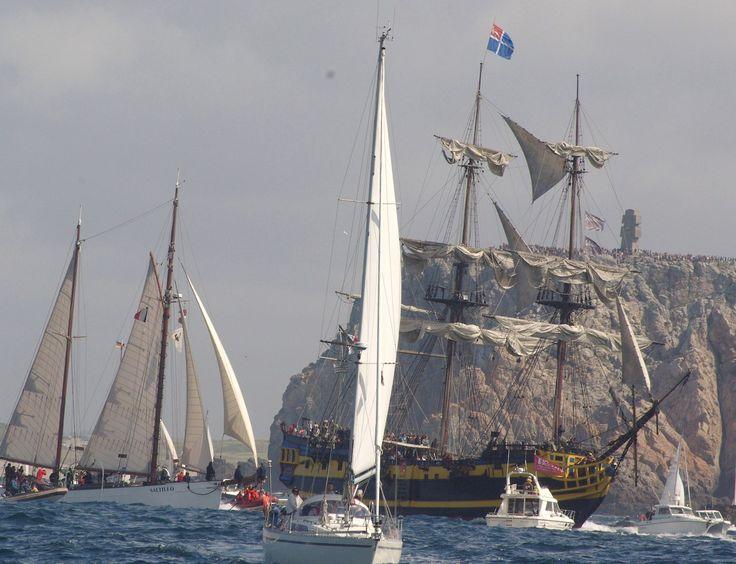 Les fêtes nautiques de Brest en #Finistère un grand moment d'échange et de partage #Bretagne #Brittany