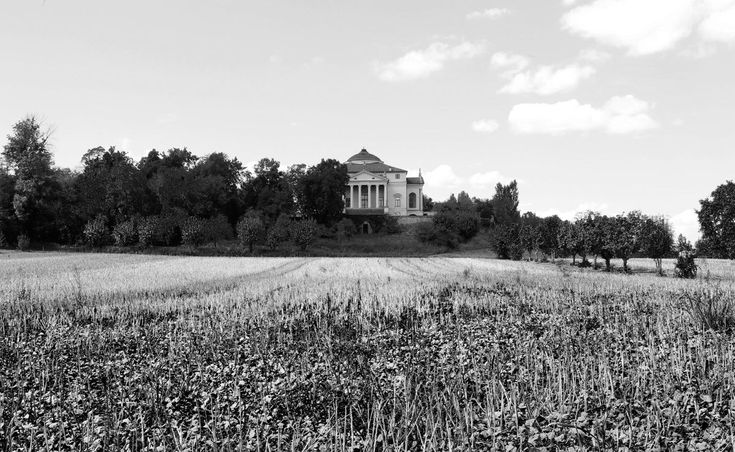 project: Villa La Rotonda author: Andrea Palladio location: Vicenza, Italy You can see all the reportage on our website www.atelierxyz.info #atelierXYZ