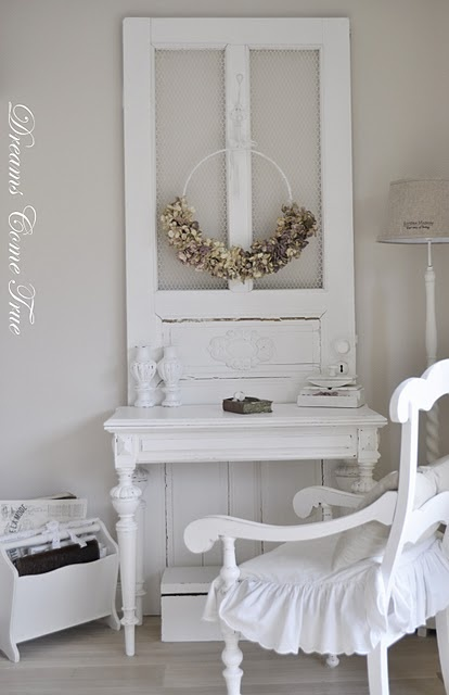 dressing table... Could put a mirror instead of chicken wire. @Tara Suel your door??