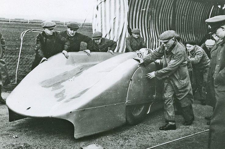 Audi Dealership Near Me >> 1938 Auto Union Type-C Streamliner Pilot: Bernd Rosemeyer | Audi | Pinterest | Pilots and Autos