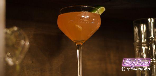 """MULATA DAIQUIRI """"Daiquiri"""" z podwójnym dnem: rum złoty - 40ml, likier kakaowy ciemny - 20ml, limonka sok - 20ml, syrop cukrowy - 10ml  Przepisy na drinki znajdziesz na: http://mojbar.pl/przepisy.htm"""