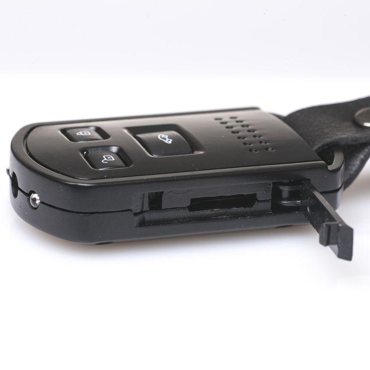 TELECOMANDO AUTO TV OUT - Questa microspia permette di registrare Audio + Video. Al suo interno è nascosta una microcamera con microfono integrato. La memoria è espandibile fino a 32GB ed è dotato di uscita TV-OUT per poter visualizzare le registrazioni direttamente dal tuo televisore. Utilizzabile anche come webcam!