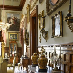 The Calhoun Mansion is one of our favorite homes in Charleston, South Carolina that is open to the public. It's the largest home on the peninsula with over 24,000 square feet - not to mention antiques and art work galore!