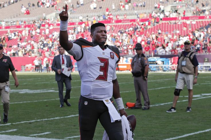 Gritty performance by Jameis Winston in Buccaneers' victory - In the future, when fans check Today's Pigskin for the outcome of the 2015 tilt between the Tampa Bay Buccaneers and the Dallas Cowboys, they will look at the 10-6 score and only imagine a snooze fest. But.....