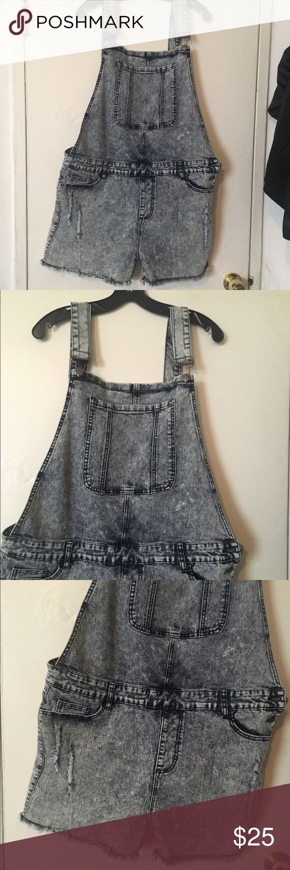 Plus size shorts overalls / jumper siz 24 distress Plus size distressed shorts overalls with fraying bottom. Size 24 can fit 20 to 22 as well. It has some stretch to it. Shorts