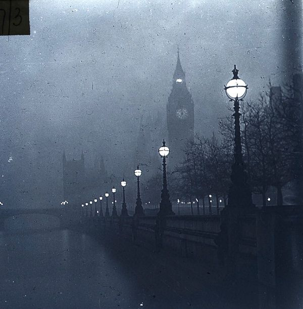 A very Gothic image - London shrouded in fog - a fog that featured in many Urban Gothic narratives