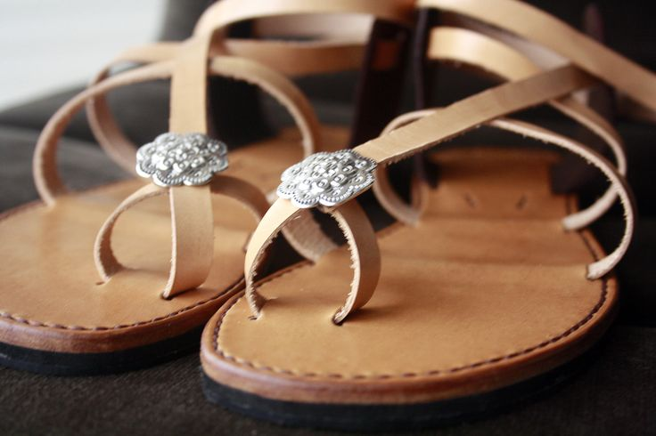 Sandals Caminha - handmade https://www.facebook.com/koiros.epelexos