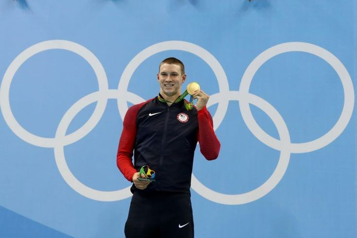 American swimmer Ryan Murphy captured his first career gold medal Monday night…