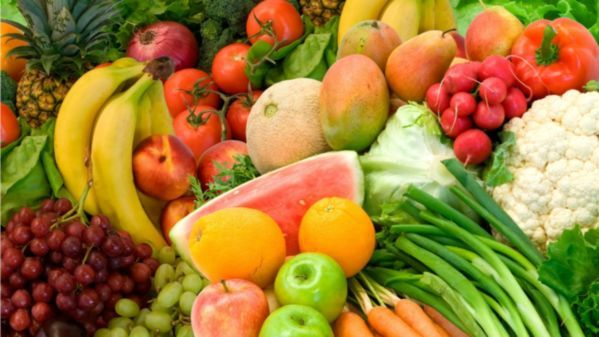 The reason why mandatory fruits and vegetables eaten per day to continue maintaining healthy body