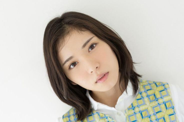 松岡茉優 – 2015年10月 – ヒカリグラフ