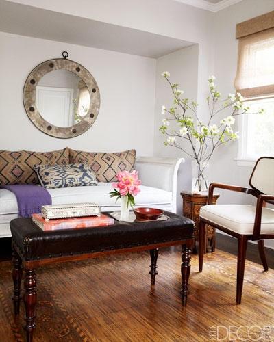 Antique bench, sophisticated accent colors | Elle Decor
