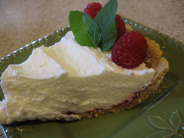 Raspberry Cream Pie | FOOD | Pinterest