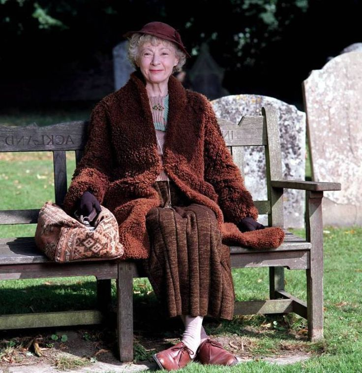 Geraldine McEwan as Miss Marple - The actress retired from playing Miss Marple in 2008 (Picture: Rex Features)