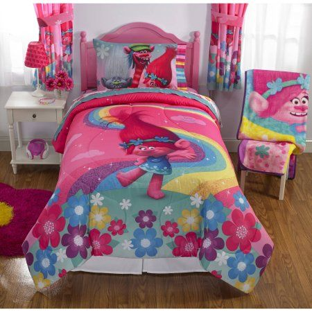"Dreamwork's Trolls ""Show Me a Smile"" Poppy Reversible Twin/Full Bedding Comforter - Walmart.com"