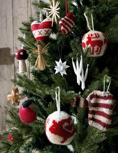 302 best 26. Scandinavian Christmas Tree images on Pinterest ...