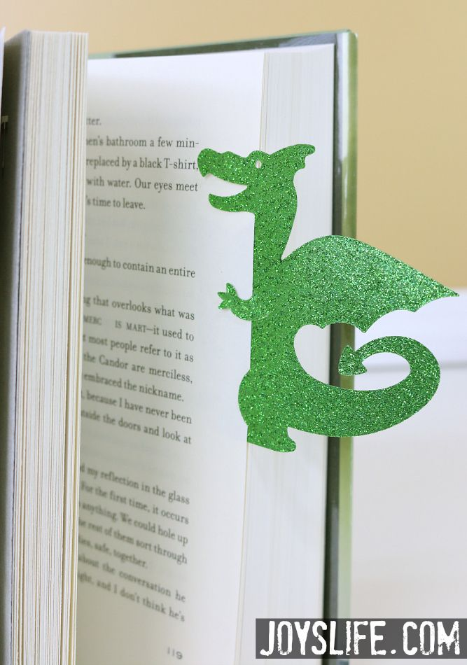 Punt de llibre per Sant Jordi. Dragon Bookmark #dragon