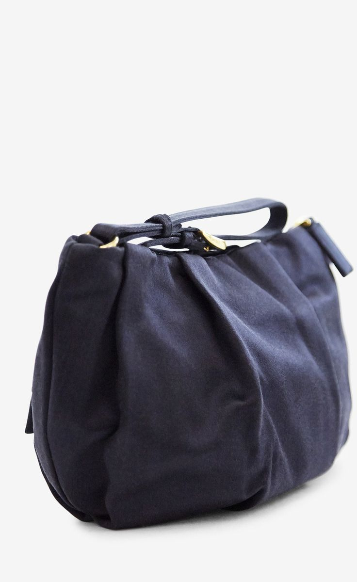 Prada Navy Clutch | VAUNTE | Clothes I need in my life! | Pinterest