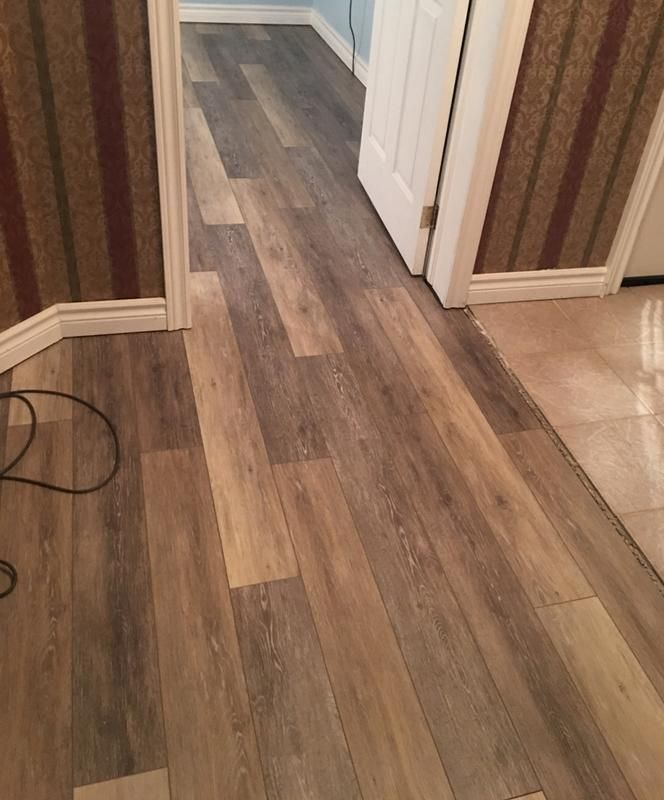 Smartcore Ultra 8 Piece 5 91 In X 48 03 In Woodford Oak Luxury Vinyl Plank Flooring Lowes Com Vinyl Plank Flooring Vinyl Plank Flooring