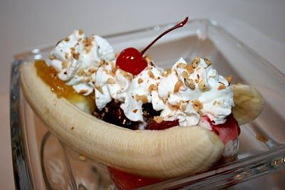Deep South Dish: Electrolux #splits: Classic Old Fashioned Soda Fountain Banana Split