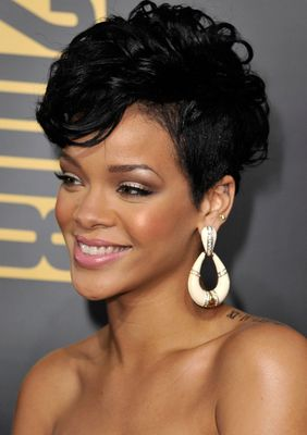 Rihanna Sexy Fauxhawk Hairstyle - Rihanna's Short Haircuts: Best Styles Over the Years