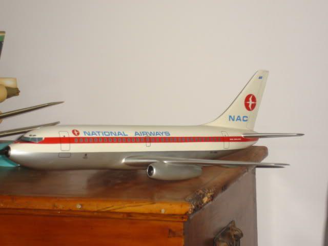 NAC B737 1:72