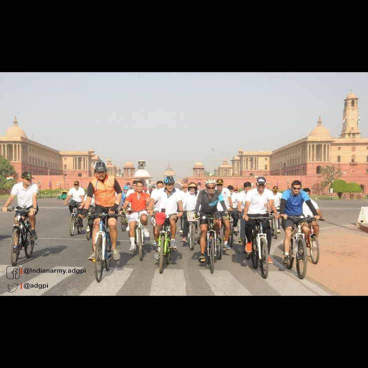 Indian Army General Somnath Jha (Retd) cycled 12000 km in 43582 minutes passing through 29 states in last 183 days to pay homage to 21000 martyrs since Independence. He cycled two minutes for every martyr which is symbolic of observance of two minutes of silence.  https://www.facebook.com/Indianarmy.adgpi/posts/641123462750953  #india #cycling #hero #independence #comrades #martyrs #journey #cyclingexpedition #indianarmy #cycle #bicycle