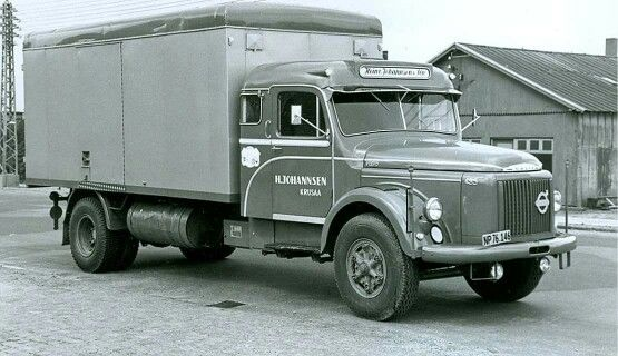 Volvo .F. 495.